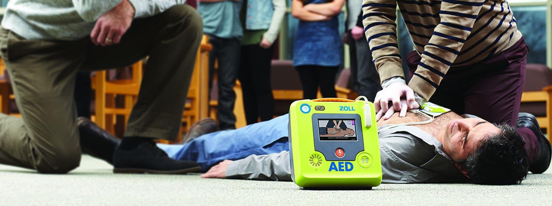 Zoll AED 3 im Unternehmenseinsatz